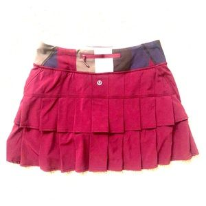lululemon athletica Skirts - Lululemon skirt with built in shorts.